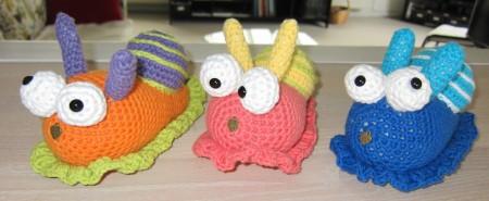 En sjov snegl, en sær snegl og en underlig snegl